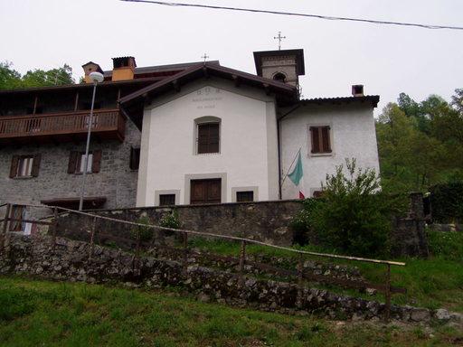 Punti d'interesse Val Brembana -  chiesa cerro