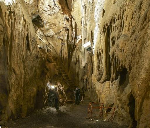 Visita Notturna alle Grotte